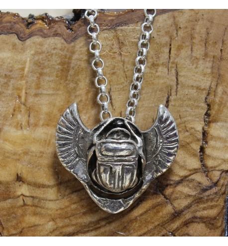 Colgante Escarabajo Alado